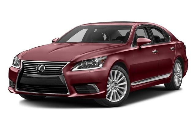 2016 Lexus LS vs 2016 Toyota Avalon