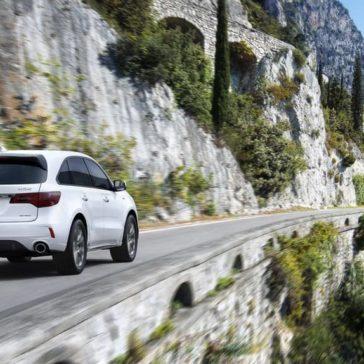 Acura MDX 2019 SHAWD advance white diamond pearl country road