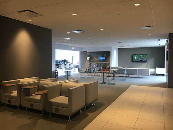 Express Service Customer Lounge Area at Berman Nissan of Chicago