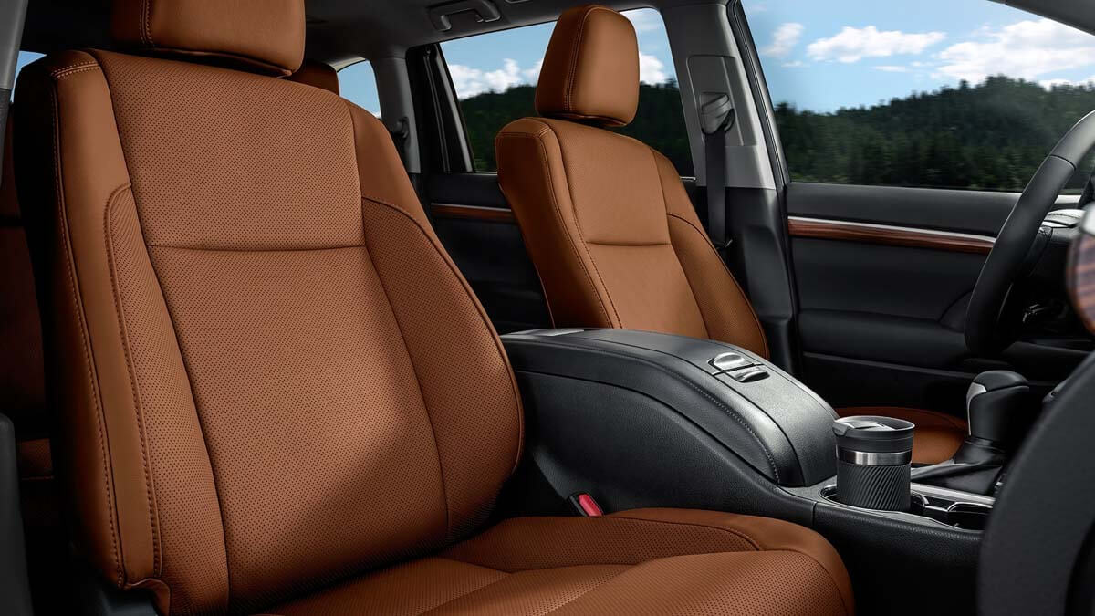 2017 Toyota Highlander Limited Saddle Tan Interior