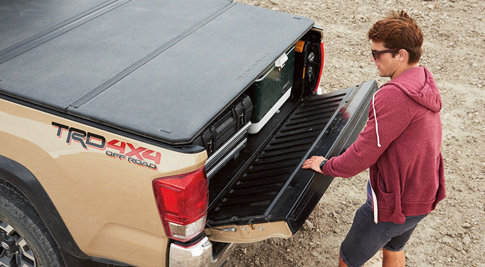 2017 Toyota Tacoma truck bed