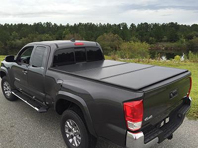 2017 Toyota Tacoma Tri-Fold Tonneau Cover