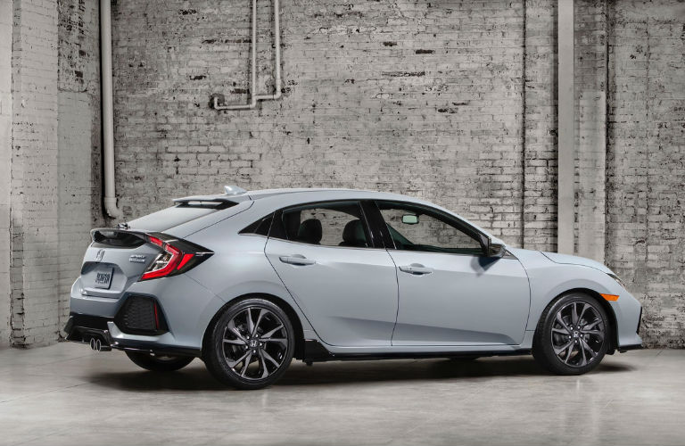 Trim Comparison: 2017 Civic Hatchback LX Vs 2017 Civic Hatchback EX | Kuhn  Honda