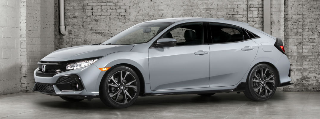 Amazing 2017 Honda Civic Hatchback FEATURE_o