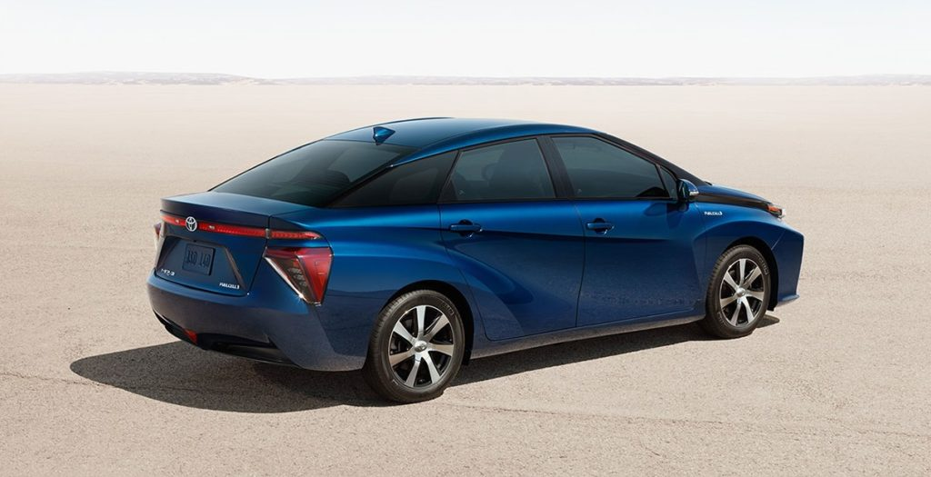 2017-toyota-mirai-side-rear-blue