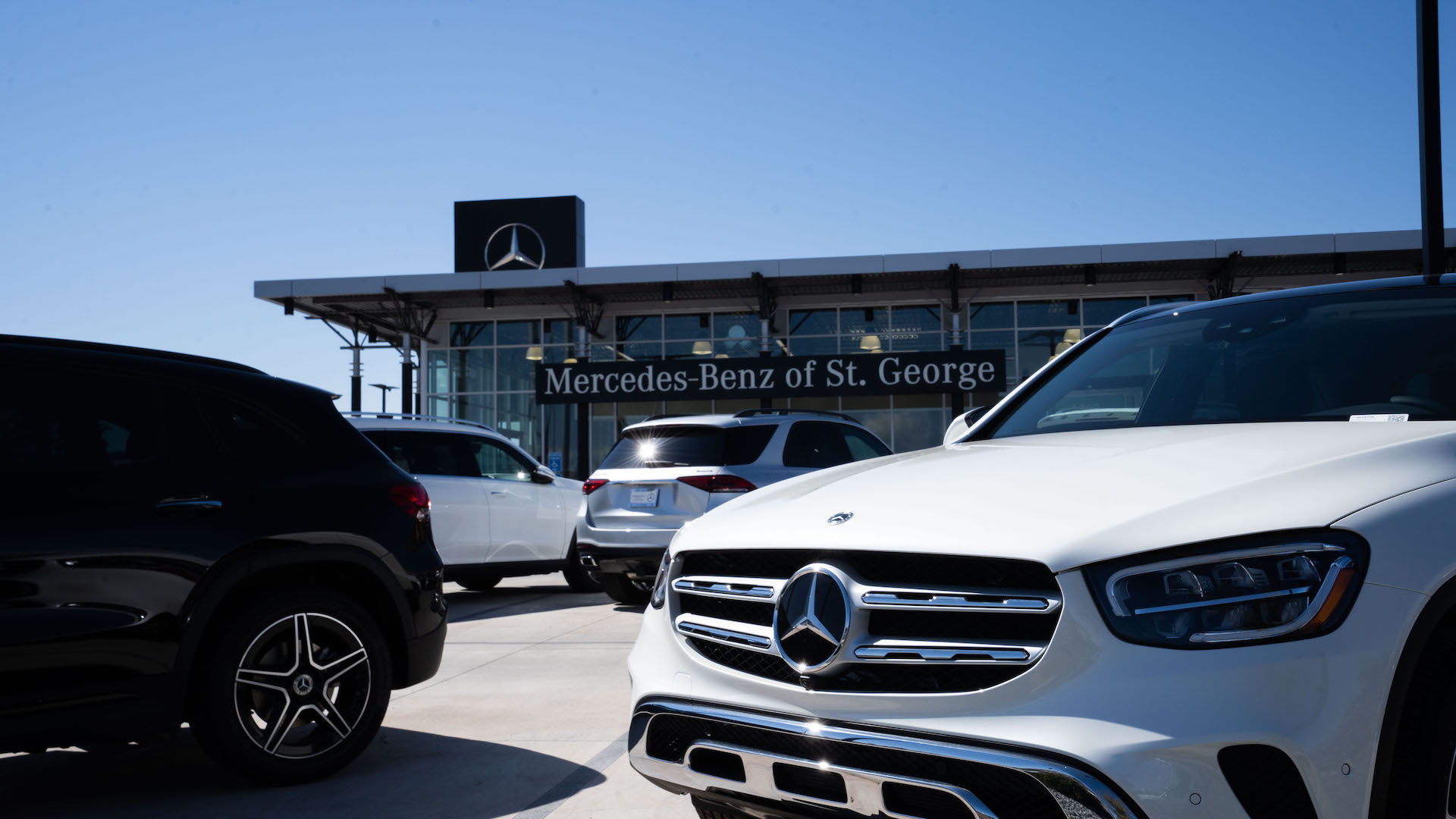 Mercedes-Benz of St. George Service Bay