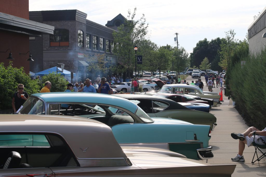 Victoria Classic Car Show Night