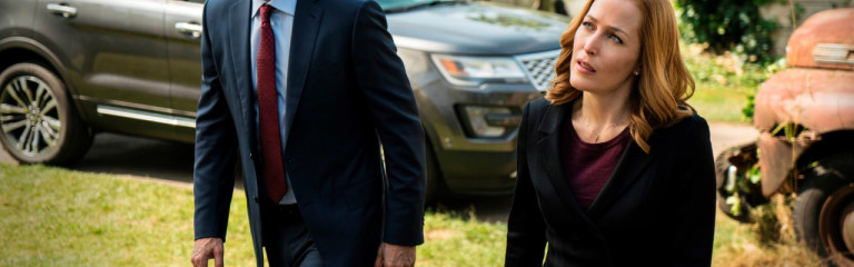 FORD EXPLORER ON 'THE X-FILES'
