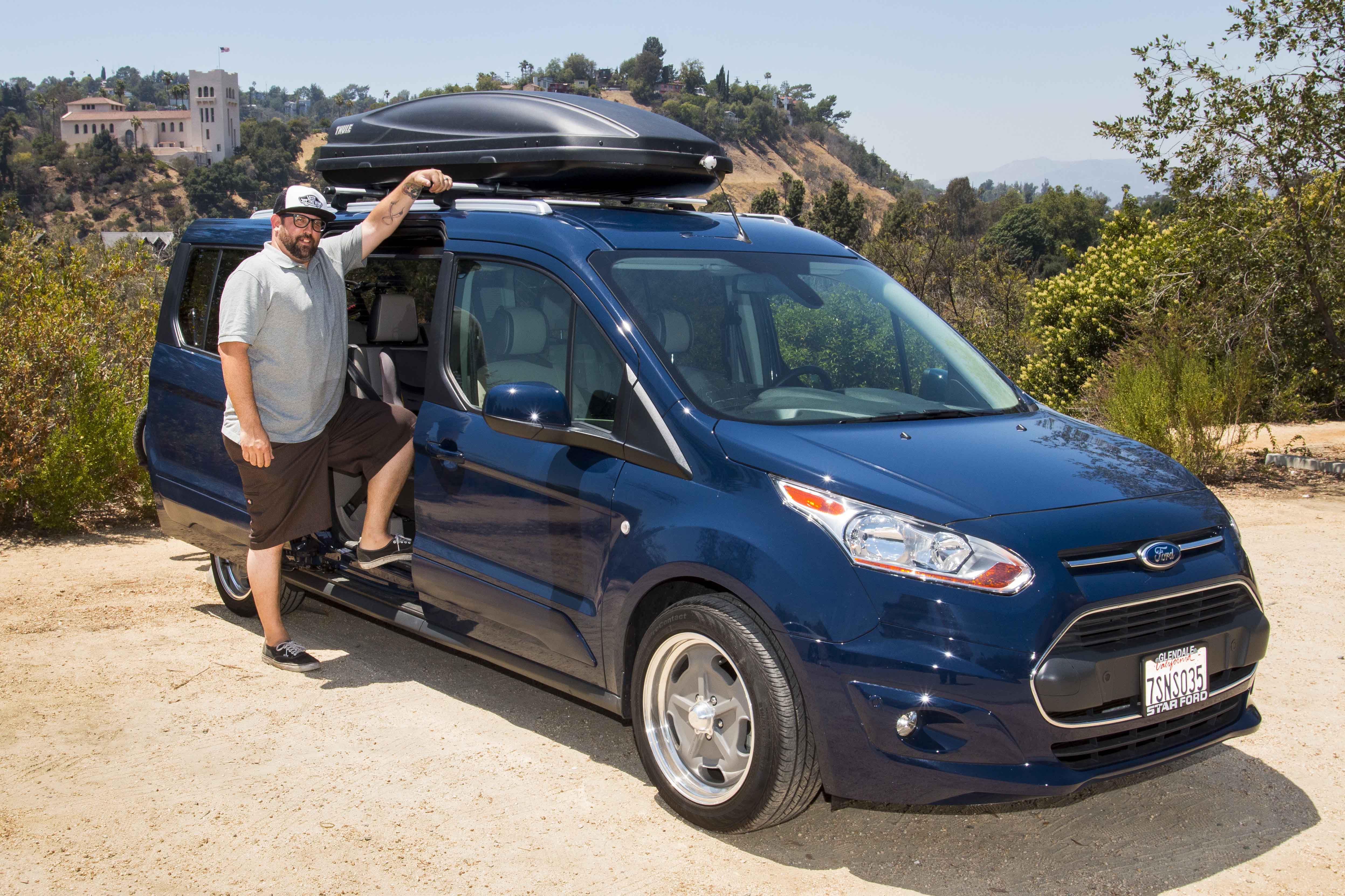 ford transit connect wagon helps balance work and play laird noller auto group. Black Bedroom Furniture Sets. Home Design Ideas